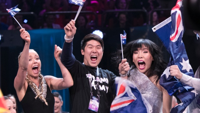 Dami in the Green Room (image: Andres Putting / Eurovision.tv)