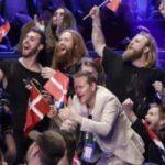 Rasmussen in the Green Room , Denmark 2018 (Thomas Hanses/EBU)