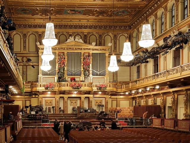 """Goldener Saal"" in Vienna's Musikvereinsgebäude (cc: Wikimedia / Bwag_"